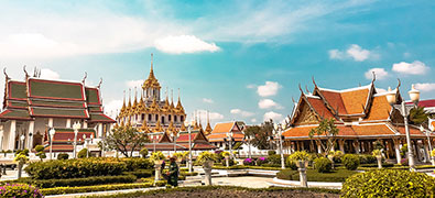 Travel to Bangkok, the pulsating capital of Thailand, fascinates with its contrasts between modernity and tradition.